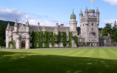 Balmoral Castle, holiday home of the Royals is a sight to behold. Don't miss it on your golf package scotland