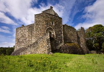 On your Scotland Golf trip, Drumgolf can arrange a visit to Dunstaffnage Castle